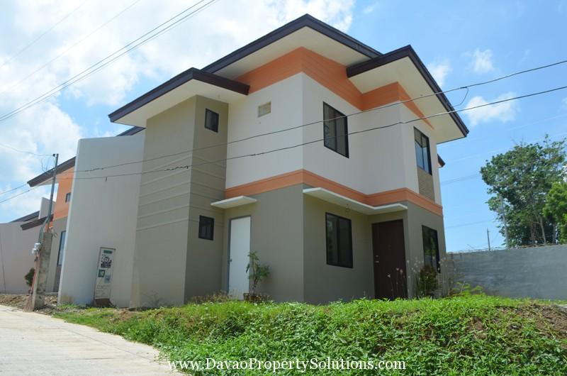 HIDALGO HOMES | LOPEZ JAENA MODEL HOUSE