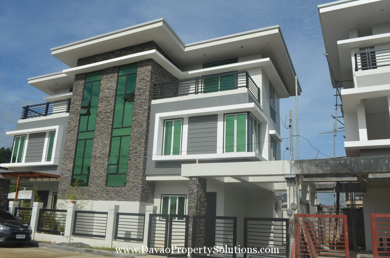 For Townhouse High End Davao City Malibu Residences Bajada In Ccity Near