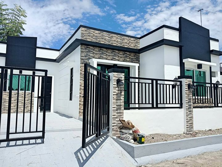 Captivating Remodelled Deca Homes! Ready for occupancy house...